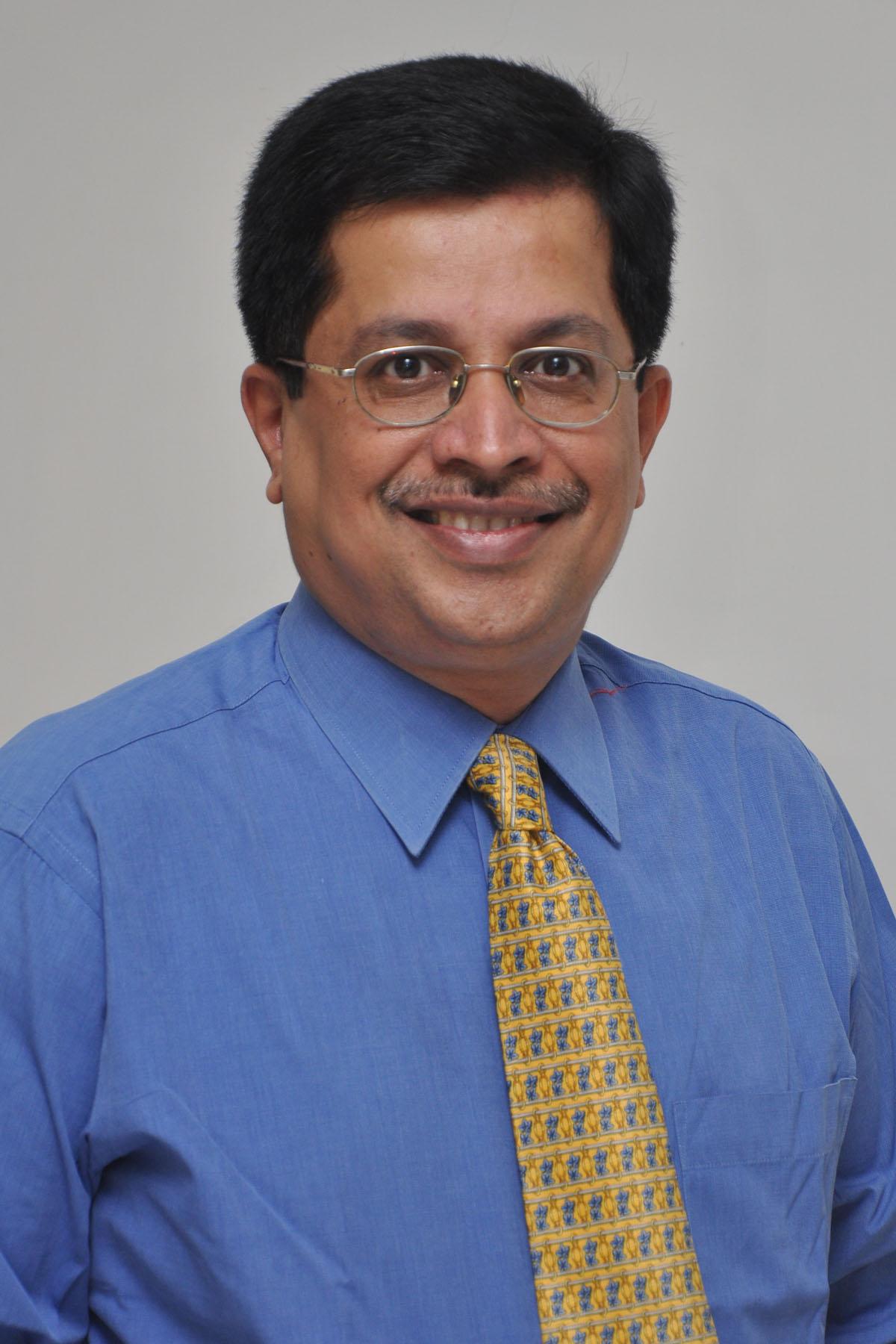 Makarand V. Khochikar